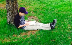 Going outside while studying helps student focus