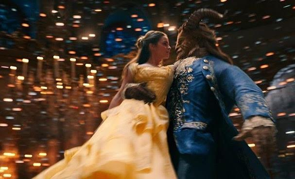 Beauty+and+the+Beast+adds+intimacy+with+live+action+and+maintains+the+magic+with+computer+animations.
