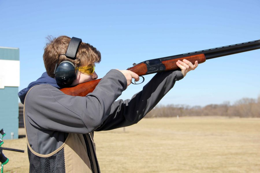 Junior+Nolan+Gifford+shoots+his+gun+for+trap%2C+the+Remington+bankruptcy+filing+puts+the+future+of+this+sport+in+question.