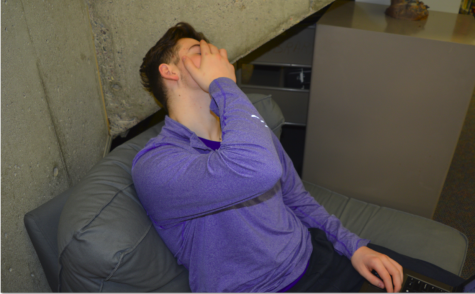 Students react to Vikings loss, display mixed emotions