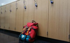 2 Sides, 1 Issue: Do students need lockers?
