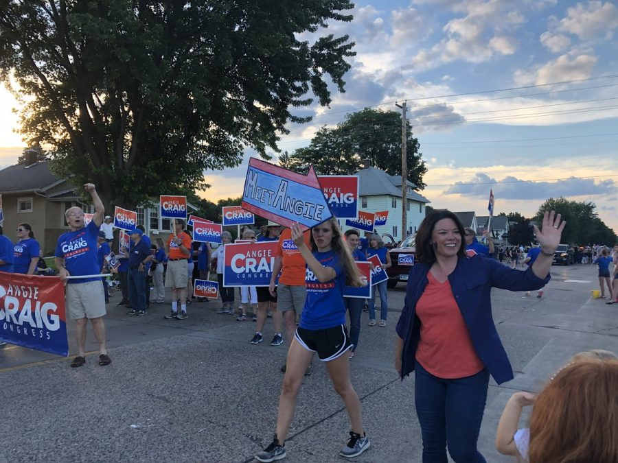 Larsen connects with voters as a congressional candidate intern