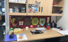 [WHAT'S ON MY DESK?] Heckman shares fun mementos