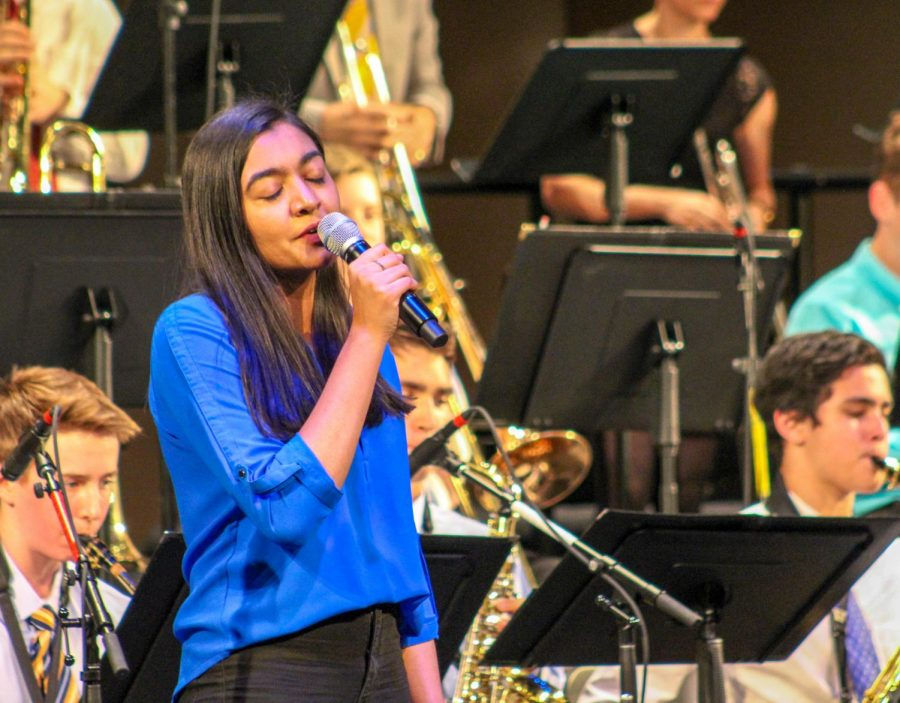 [PHOTO STORY] Jazz Band shakes it up with vocals