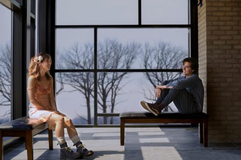 [MOVIE REVIEW] Five Feet Apart conforms to stereotypes, doesn't glorify disease