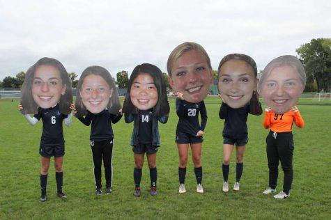 [PHOTO GALLERY] Girls soccer celebrates senior night