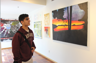 Seniors  display their art at Drake Gallery for the last time