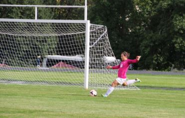 """The girls varsity soccer team beat the Convent of the Visitation on Sept. 4 by a score of 5-1.  """"The team this year is very cohesive, more so than last year,"""" sophomore goalkeeper Maria Perkkio said."""