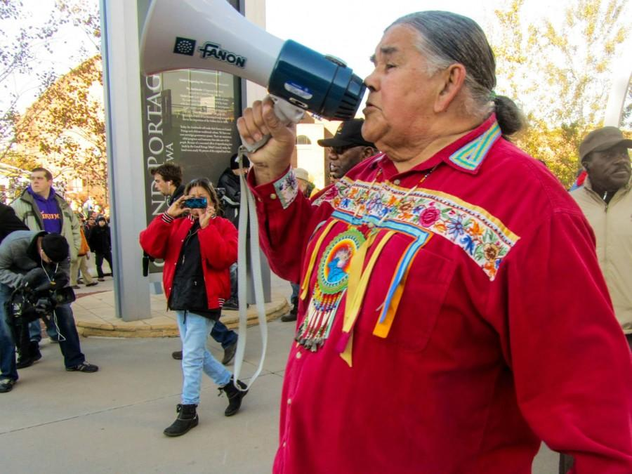 Clyde+Bellecourt%2C+a+leader+of+the+American+Indian+Movement+and+member+of+the+Ojibwe%2C+led+the+protests+at+the+U+of+M.