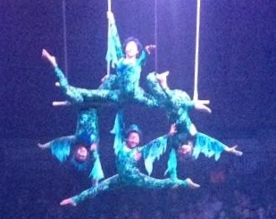 Students perform in Circus Juventas spring show