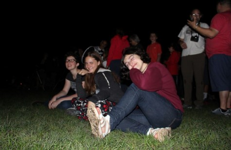 Senior Tessa Rauch, sophomore Tess Hicks, and sophomore Mira Zelle enjoy the sight of the supermoon. The supermoon occured on Sept. 29 2015.