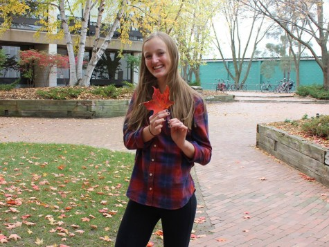 Fall fashion flies into students' wardrobes