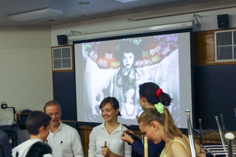 Halloween in the halls: Students and clubs prepare for celebration