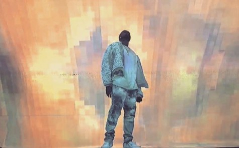 Kanye West performing Ultra Light Beam on Saturday Night Live.