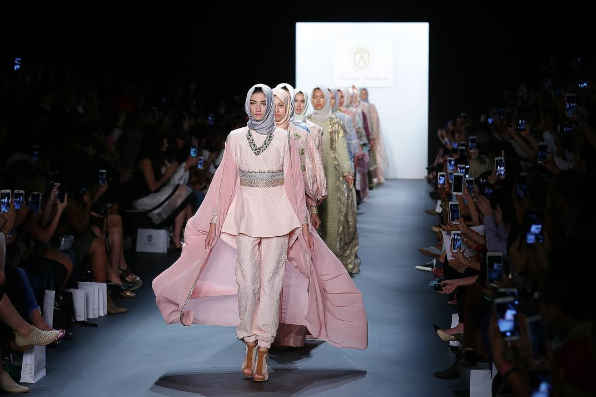 Hasibuan is the first designer to have all models wear hijabs.