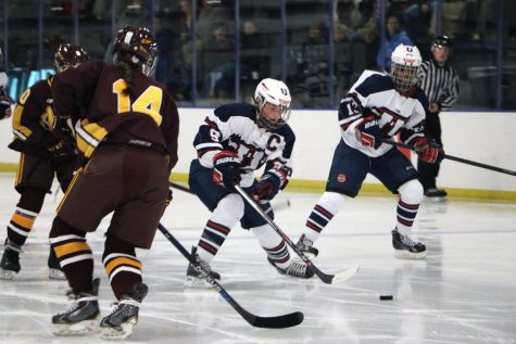 St. Paul United ties 5-5 with Northfield in Saturday's hockey game, gallery