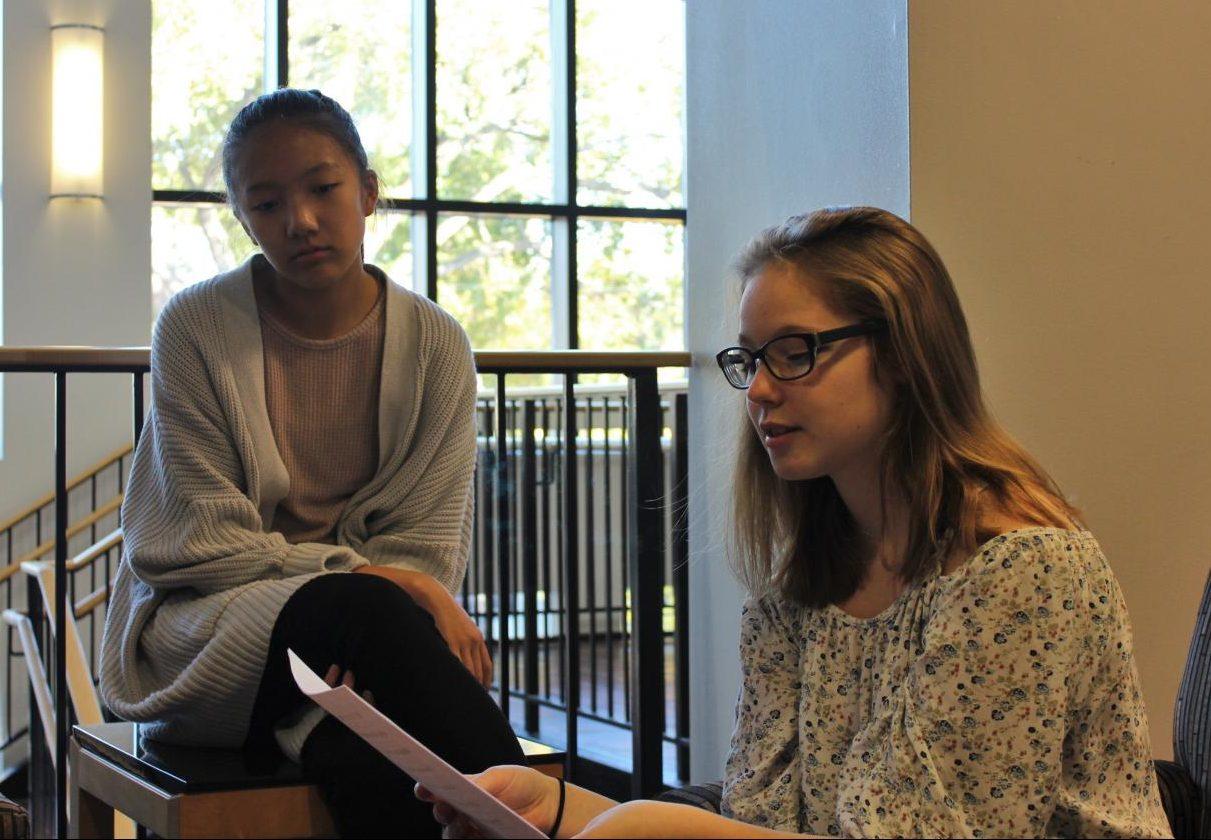 Sophomore+Quinn+Christensen+reads+her+poem%2C+%22Drapable.%22