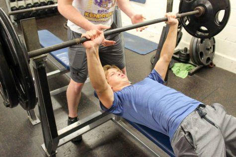 Weightlifting Club strengthens muscles and confidence