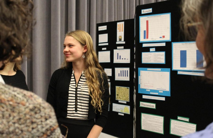 Fall Science Showcase exhibits student research and engineering projects
