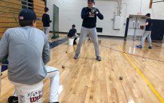 Boys baseball faces underpopulated varsity and JV teams