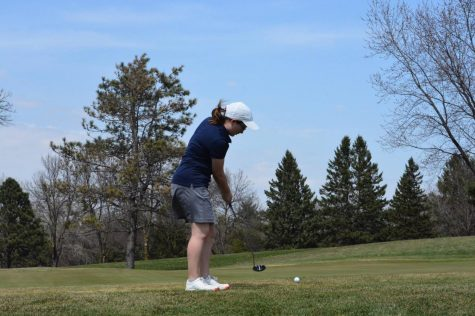 Girls Golf season finally begins with Conference tourney