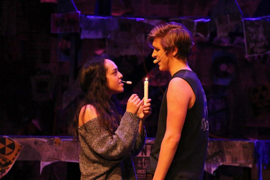 Seniors Maya Shrestha, as Mimi Márquez, and Ned Laird-Raylor, as Roger Davis, perform