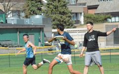 [PHOTO GALLERY] Faculty overpowers seniors at ultimate