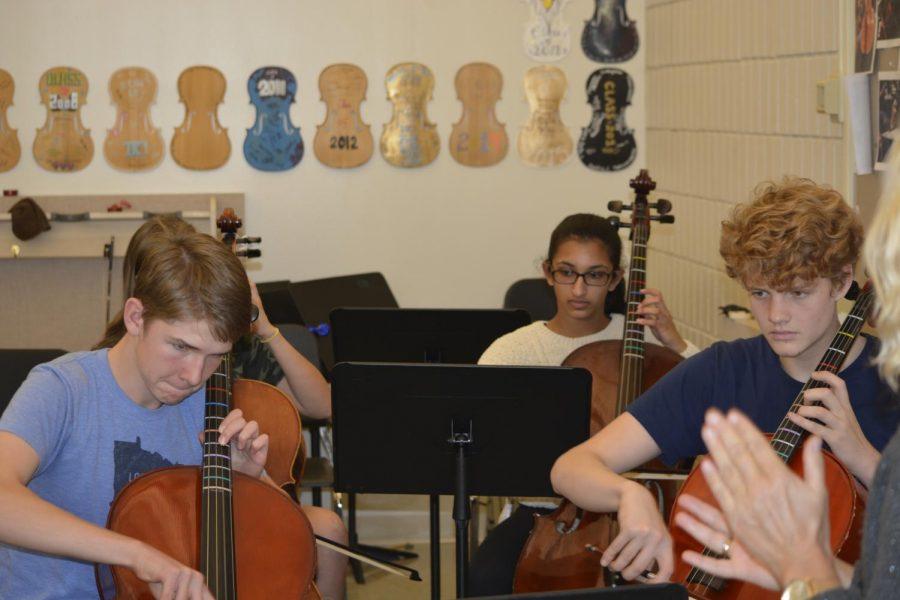 Upper School practices songs for the Pops Concert