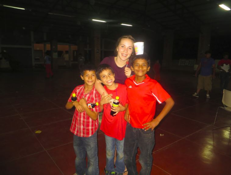 Verhey with children from Nicaragua in 2016.