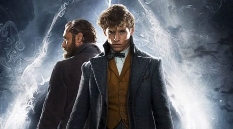 Newt Scamander (Eddie Redmayne) is joined by Albus Dumbledore (Jude Law) in Fantastic Beasts: The Crimes of Grindelwald.
