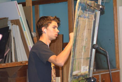 Endorf draws during an art class at SPA.