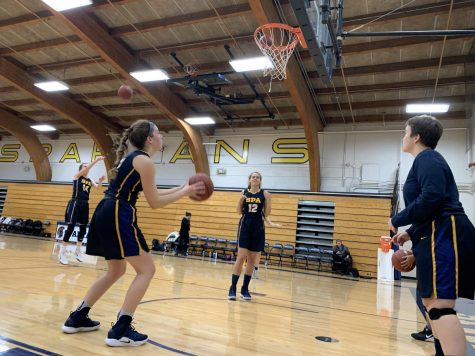 Girls Basketball loses to competitive Humbolt