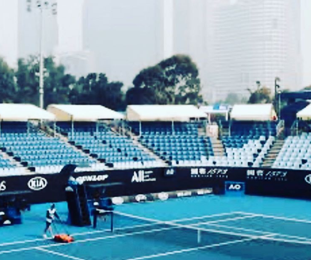 ATP+%26+WTA+tour+coach+posted+on+his+Instagram+about+the+air+quality+in+the+stadium+and+the+difficulties+the+players+faced+while+playing+in+the+smoke.