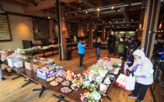 Minnesota chefs give food away in makeshift market
