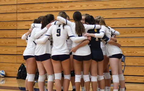 Volleyball team's family-like bond strengthens start to the season